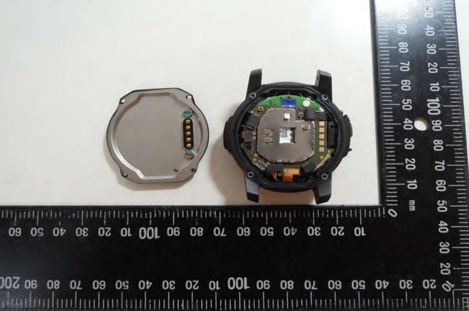 1c8f6e2a08f Nixon Mission smartwatch crossed FCC certification