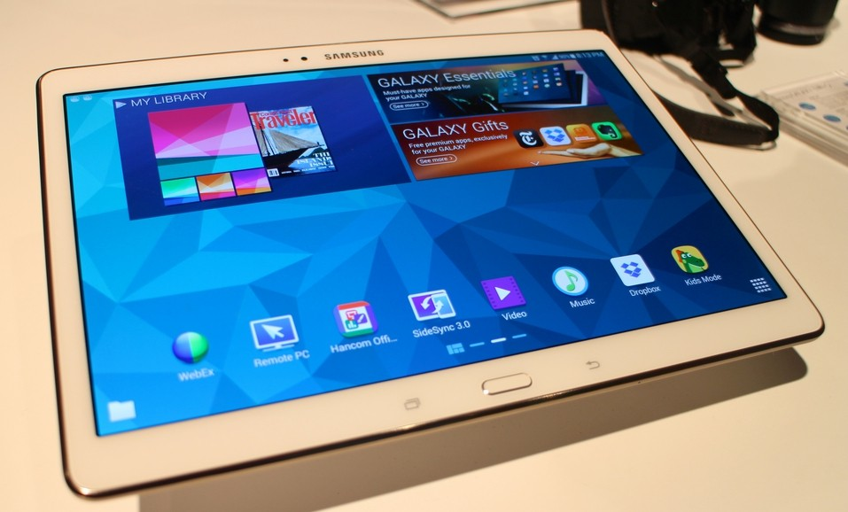 Android 6 0 1 finally lands to Galaxy Tab S 10 5 - Fans rejoice over