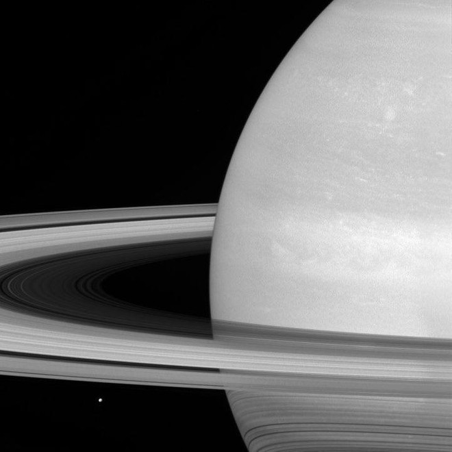first glimpse of saturn credit to galileo in 1610 Saturn's beauty comes from its magnificent rings that galileo in 1610 galileo galilei in 1979 pioneer 11 became the first spacecraft to fly past saturn and.