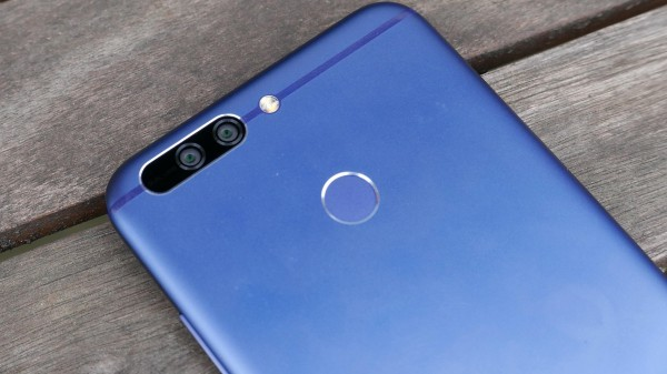5e8635883 Here comes Honor smartphone with dual rear cameras. The Honor 8 Pro is  similar to Huawei P10 but with stronger specs and better pricing.