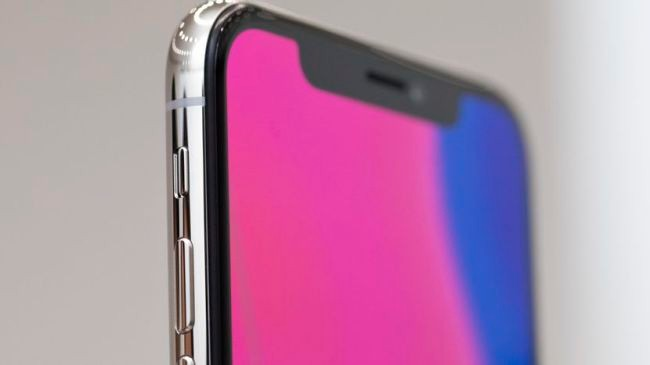 Turn Android into an iPhone X using these launchers and apps