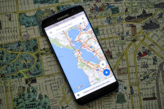Google maps spotted with a new rounded navigation ui mobilescout google maps is one of the selected google maps which are constantly under development and receive quite frequent changes most of these changes start with a gumiabroncs Gallery