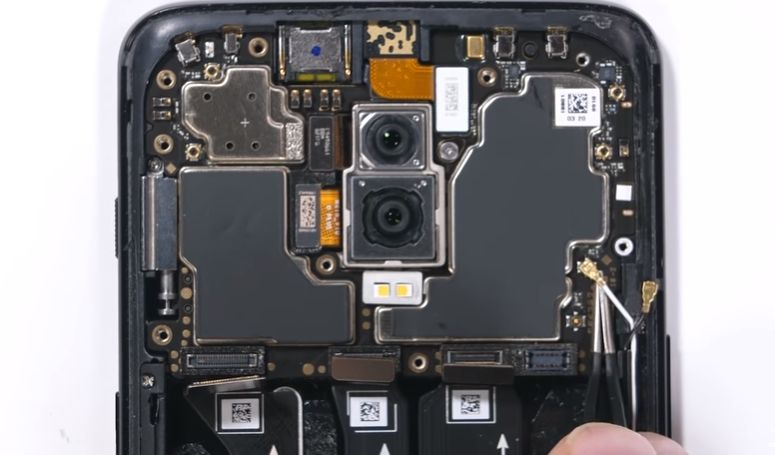 OnePlus 6T teardown gives a closer look at the in-display fingerprint sensor