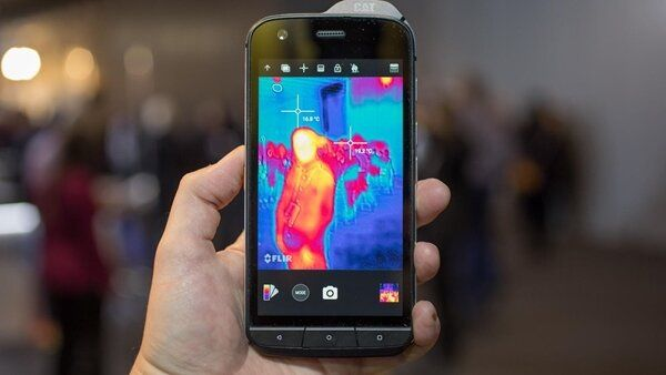 5 Best rugged smartphones graced 2017 | Buying Guide